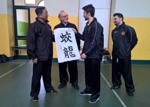 consegna-pergamena-jiao-long